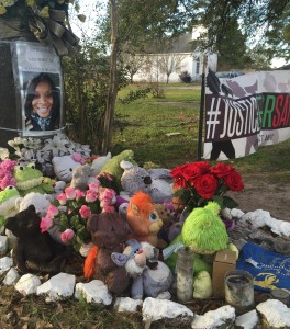 Sandra Bland Memorial site on Sandra Bland Parkway, Prairie View, Texas, January 27, 2016. Photograph by author.